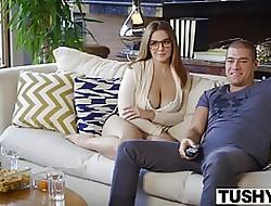 Brunette vidéos de sexe - gros seins nu