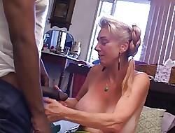 Granny porr video - stora bröst massiv